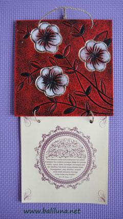 kartu undangan pernikahan tradisional desain bunga jepun bali